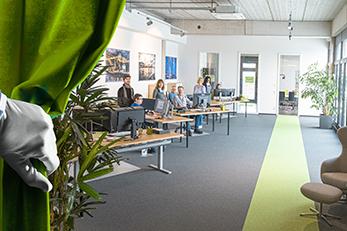 Werbeagentur in Lorsch Teambild in neuem Büro